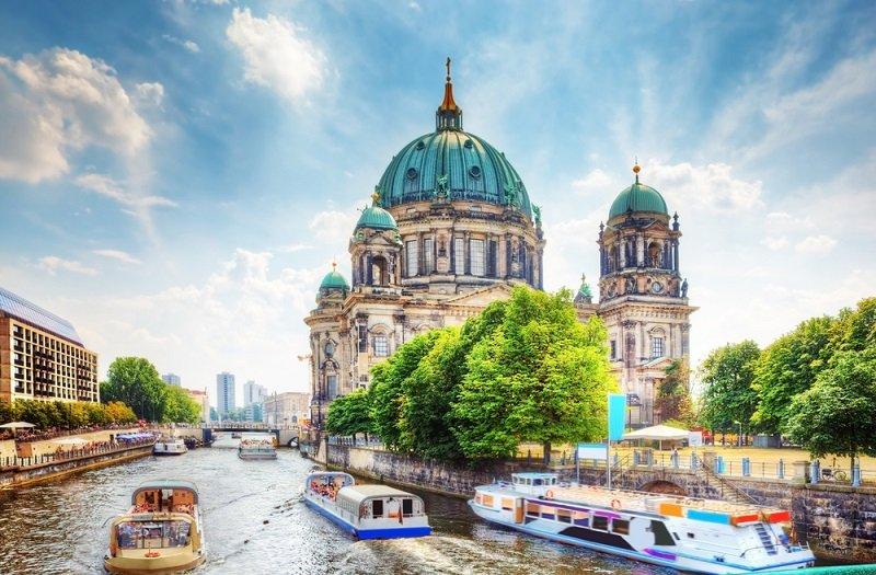 """נדל""""ן בגרמניה: המשקיעים עוברים לנכסים מסחריים מניבים בגרמניה"""